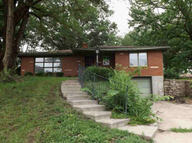 2405 N 50th Ter Kansas City KS, 66104