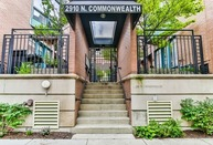 2910 North Commonwealth Avenue 8 Chicago IL, 60657