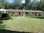 45 Williamsburg Dr Orange CT, 06477