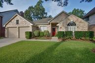 4523 Dogwood Ridge Ln Kingwood TX, 77345