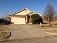2821 East Lake Dr Norman OK, 73071