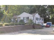 35 Mullen Hill Rd Waterford CT, 06385