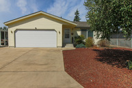2534 Maia Loop Springfield OR, 97477