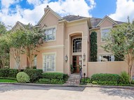 207 Park Laureate Houston TX, 77024