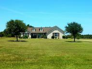1027 Carriage Ct Alleyton TX, 78935