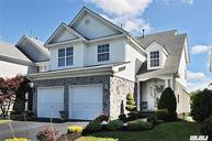 28 Kate Cir Middle Island NY, 11953