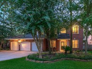 107 S Clovergate Circle The Woodlands TX, 77382