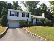 48 Country Lane Leominster MA, 01453