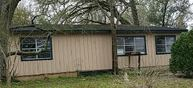 10835 Oak Ln Willis TX, 77318