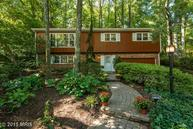 6429 Lakeview Drive Falls Church VA, 22041