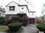 64-10 Cromwell Cres Rego Park NY, 11374