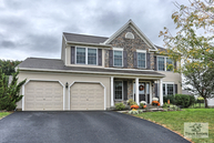 46 Wildflower Lebanon PA, 17046