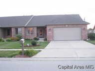 705 Heathrow Ln Rochester IL, 62563