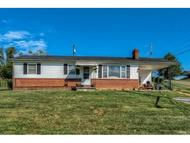 406 Highlands Avenue Glade Spring VA, 24340