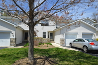 30 Portsmouth Ct Hamburg NJ, 07419