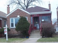 8732 South Bennett Avenue Chicago IL, 60617
