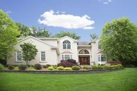 35 Wind Ridge Drive North Caldwell NJ, 07006