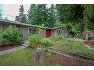 3522 Ne 187th St Lake Forest Park WA, 98155