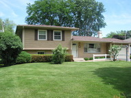 189 Evergreen Parkway Crystal Lake IL, 60014