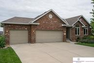 209 Longwood Dr. Papillion NE, 68133