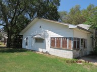 1437 N Main St Kingman KS, 67068