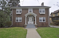 433 Gillett Avenue Waukegan IL, 60085