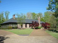 113 Sleepy Hollow Columbus MS, 39705