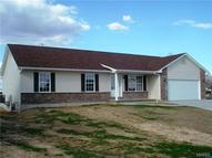 6 Tj Court Bowling Green MO, 63334