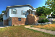 804 Olympic Dr Kerrville TX, 78028