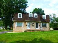 218-218 1/2 Trumbull Ave Youngstown OH, 44505