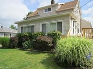 37 Talbot Dr Bedford OH, 44146