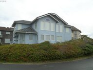 88865 Shoreline Dr Florence OR, 97439