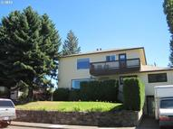 602 E 18th The Dalles OR, 97058