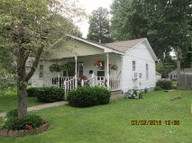 124 South Mulberry Dexter MO, 63841