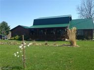 6801 Cook Rd New London OH, 44851