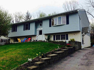 35 Desoto Ave B Beacon NY, 12508