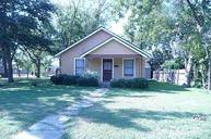 613 West St Sealy TX, 77474