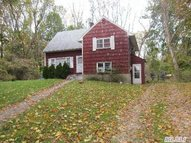 2929 Middle Country Rd Lake Grove NY, 11755