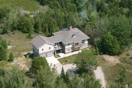 15076 N Cathead Bay Dr Northport MI, 49670