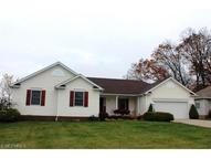 1413 Mill Run Dr Akron OH, 44312
