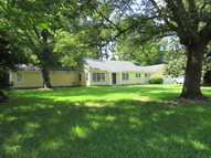 1221 Kirk Cricle Greenville MS, 38701