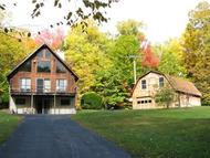377 Oxbow Rd Hinsdale NH, 03451