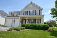 6697 Majestic Way Carpentersville IL, 60110