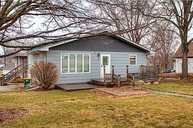 325 W Hutchings St Winterset IA, 50273