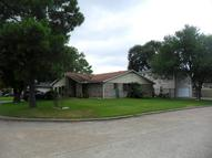 2602 Woodwild Dr Houston TX, 77038