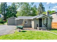 1315 Jackson St Oregon City OR, 97045