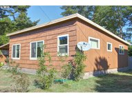 558 Eleventh St Port Orford OR, 97465