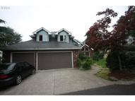 1528 Se Hale Ct Gresham OR, 97080