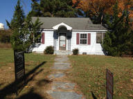 204 W. 6th Avenue Red Springs NC, 28377