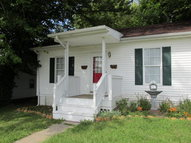 319 Douglas Court Richmond KY, 40475